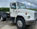 2004 Freightliner Day Cab